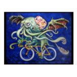 Cthulhu en una bicicleta tarjetas postales