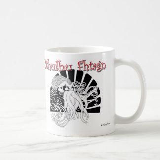 Cthulhu fhtagn taza básica blanca