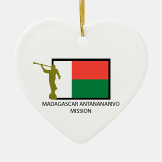 CTR DE LA MISIÓN LDS DE MADAGASCAR ANTANANARIVO ADORNO NAVIDEÑO DE CERÁMICA EN FORMA DE CORAZÓN