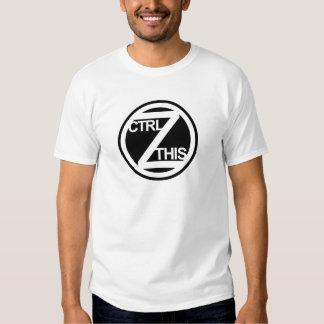 Ctrl Z ESTA camiseta Poleras