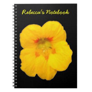 Cuaderno amarillo del personalizable de la capuchi