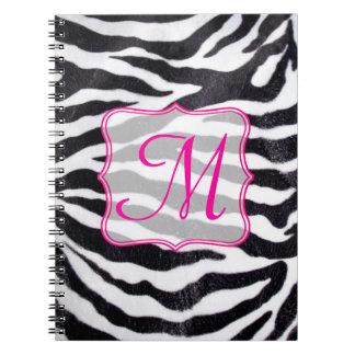 Cuaderno animal de la inicial del monograma de la