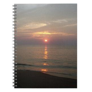 Cuaderno atlántico de la salida del sol 10