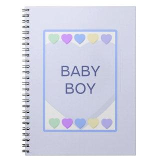 Cuaderno azul de los corazones del bebé