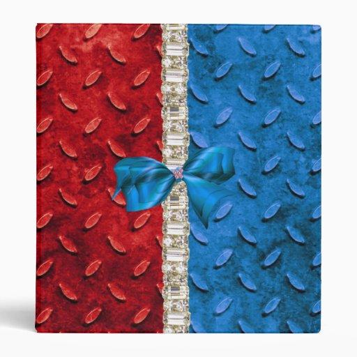 Cuaderno blanco del falso metal y azul rojo del di