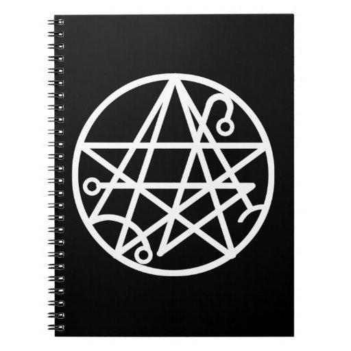 Cuaderno blanco del sello de Necronomicon