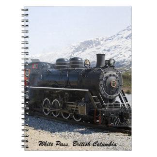 Cuaderno blanco del tren del paso
