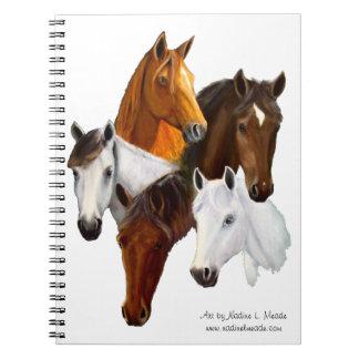 Cuaderno, cinco cabezas de caballo, fondo del reco cuadernos