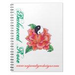 Cuaderno color de rosa equilibrado