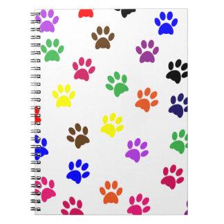 Cuaderno colorido de la diversión del mascota del