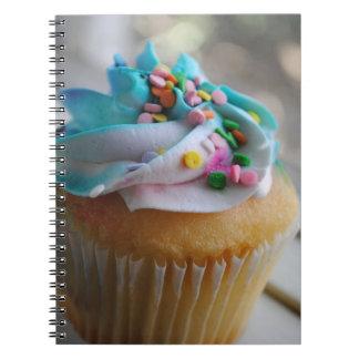 Cuaderno colorido de la fotografía de la magdalena