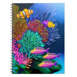 Cuaderno colorido de los pescados del arrecife de