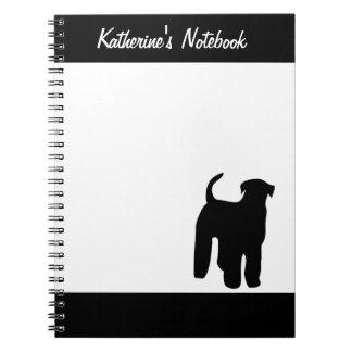 Cuaderno conocido de encargo del perro de Airedale