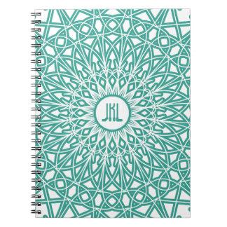 Cuaderno Crocheted del monograma del cordón - agua