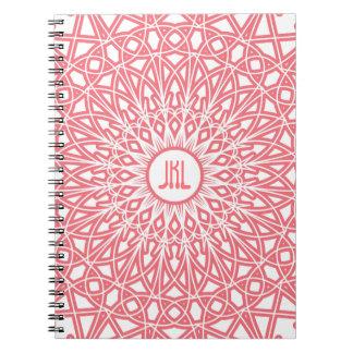 Cuaderno Crocheted del monograma del cordón - rosa