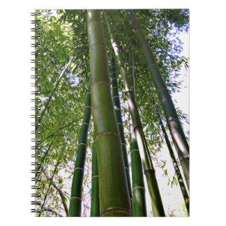 Cuaderno de bambú del bosque del jardín japonés