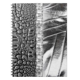 Cuaderno de cuero metálico del diamante artificial