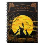 Cuaderno de Halloween, bruja y gatos negros
