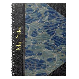 Cuaderno de la cubierta de libro del vintage a per