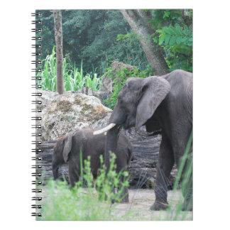 Cuaderno de la familia del elefante