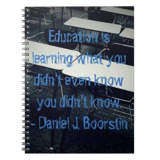 Cuaderno de la foto de la cita de la educación (80
