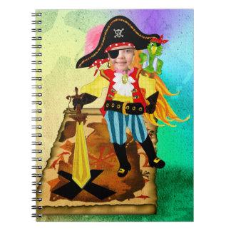 Cuaderno de la foto del chica del pirata
