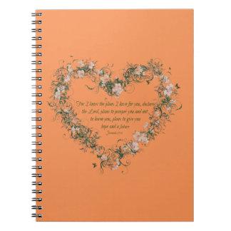 Cuaderno de la foto del espiral del corazón de la