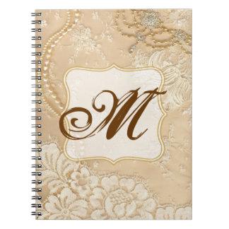 Cuaderno de la inicial del monograma de la joyería