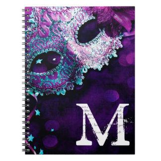 Cuaderno de la inicial del monograma del traje de
