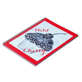 Cuaderno de la magdalena de la cereza salvaje