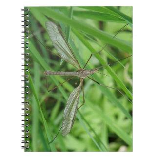 Cuaderno de la mosca de grúa
