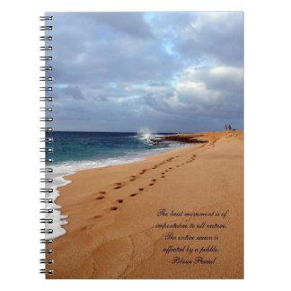Cuaderno de la playa con la cita de Pascal
