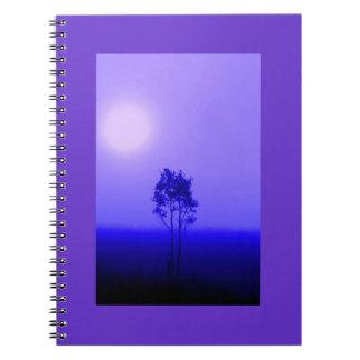 Cuaderno de la salida del sol del árbol de la lava