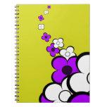 Cuaderno de las flores púrpuras y blancas