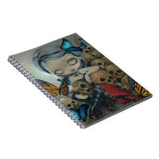 """Cuaderno de las """"mariposas y de los huesos"""""""