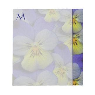 Cuaderno de notas del monograma de los pensamiento bloc de papel
