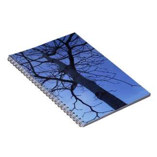 Cuaderno del árbol de la oscuridad