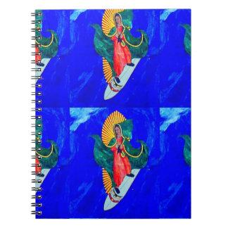 cuaderno del azul de la monja que practica surf