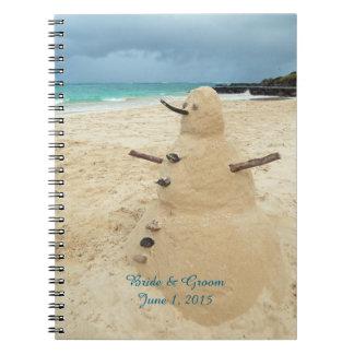 Cuaderno del boda de playa del muñeco de nieve de