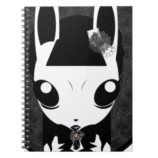 cuaderno del chica de conejito