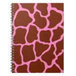 Cuaderno del estampado de girafa