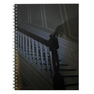 Cuaderno del fantasma de la escalera