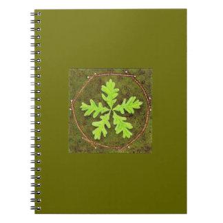 Cuaderno del Pentagram de la hoja del roble