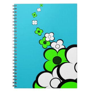 Cuaderno del verde lima y blancas de las flores