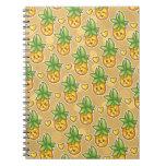 Cuaderno deshilvanado de la piña