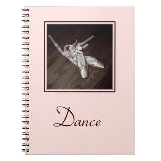 """""""Cuaderno espiral de los zapatos de dedo del pie""""/ Libretas Espirales"""