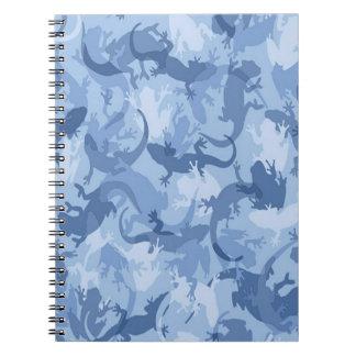Cuaderno espiral del camuflaje azul del reptil