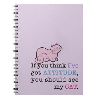 Cuaderno espiral del gato divertido de la actitud