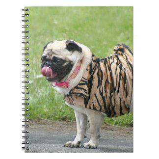 Cuaderno espiral del perro del barro amasado