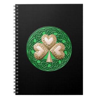 Cuaderno espiral del trébol del oro